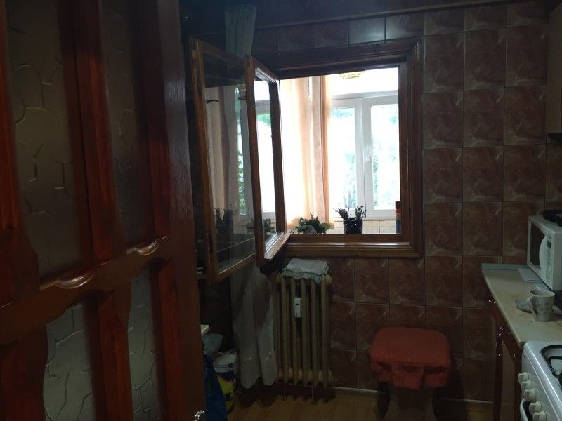 Apartament de vanzare, 2 camere Decomandat  Nicolina -5