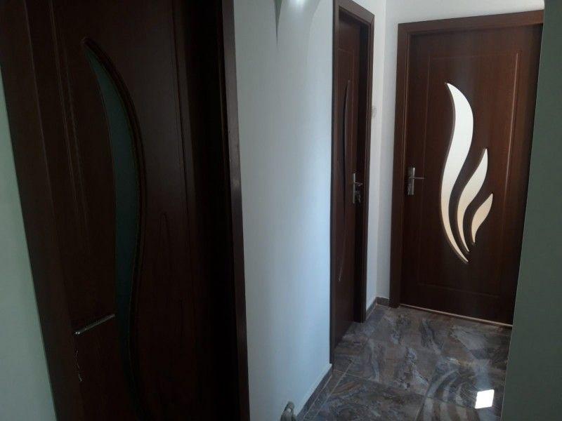 Apartament de vanzare, 2 camere Decomandat  Pacurari -10