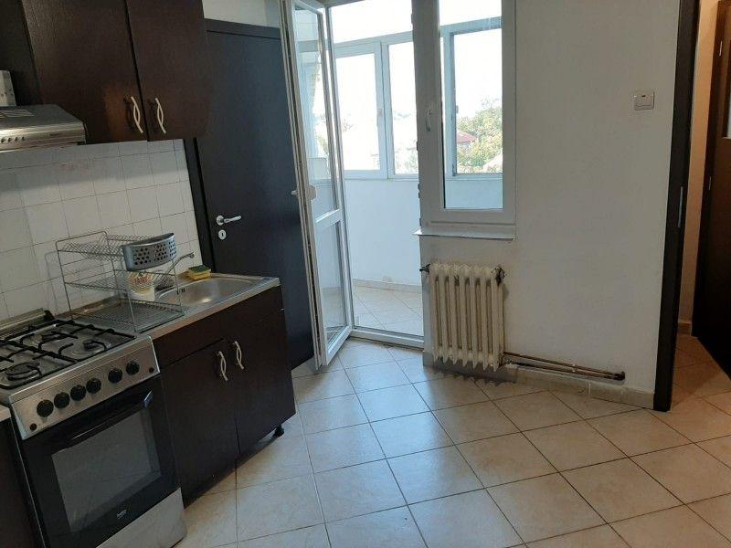 Apartament de vanzare, 2 camere Decomandat  Podu Ros -4