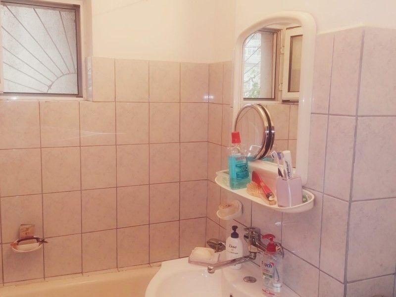 Apartament de vanzare, 2 camere Decomandat  Podul de Fier -3