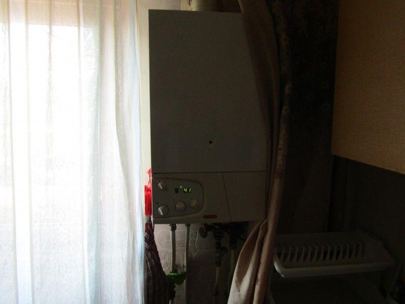 Apartament de vanzare, 2 camere Decomandat  Tatarasi -11