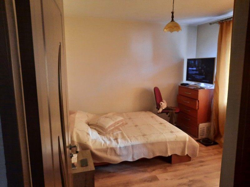 Apartament de vanzare, 2 camere Decomandat  Tatarasi -4