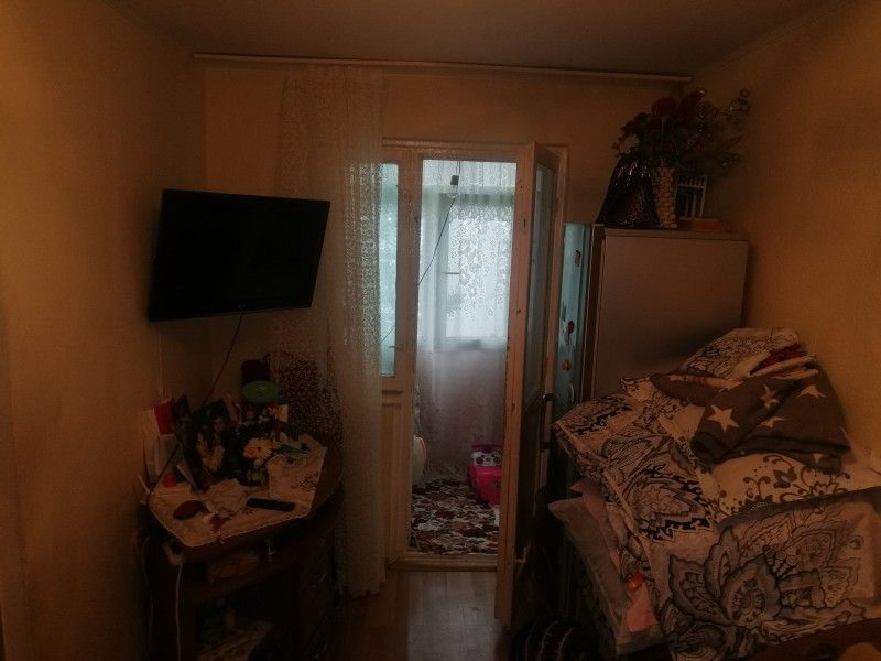 Apartament de vanzare, 2 camere Nedecomandat  Podu Ros -4