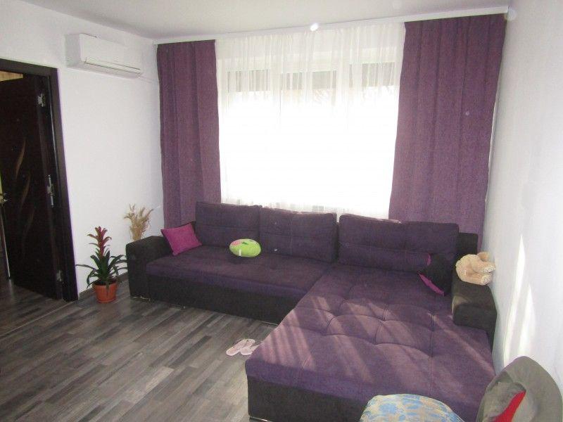 Apartament de vanzare, 2 camere Nedecomandat  Tudor Vladimirescu -1
