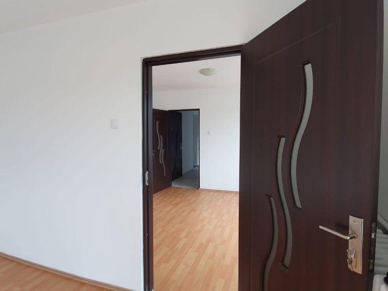 Apartament de vanzare, 2 camere Nedecomandat  Tudor Vladimirescu -4