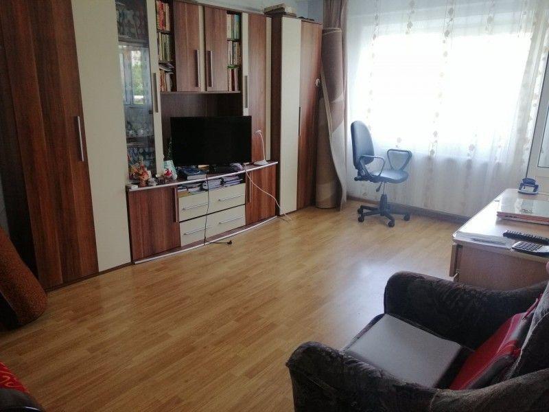 Apartament de vanzare, 2 camere   Nicolina -2