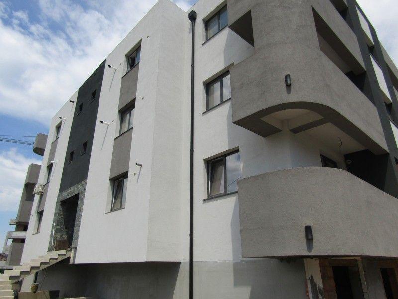 Apartament de vanzare, 2 camere Semidecomandat  Bucium -9