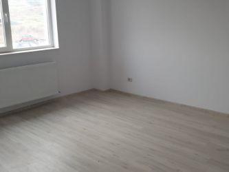 Apartament de vanzare, 2 camere Semidecomandat  Bucium