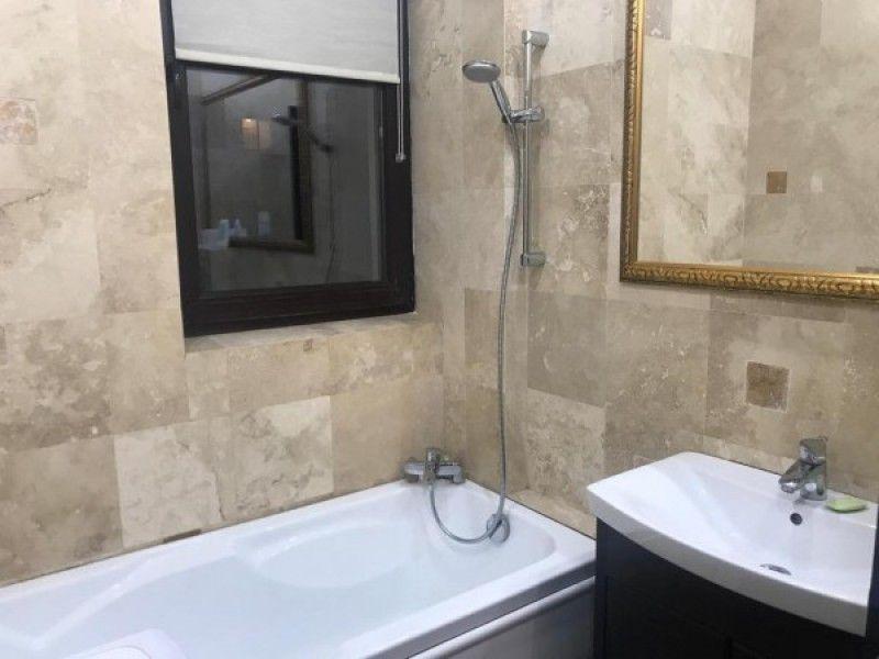 Apartament de vanzare, 2 camere Semidecomandat  Copou -8