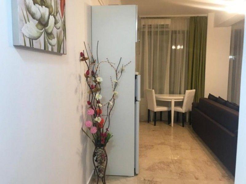 Apartament de vanzare, 2 camere Semidecomandat  Copou -9