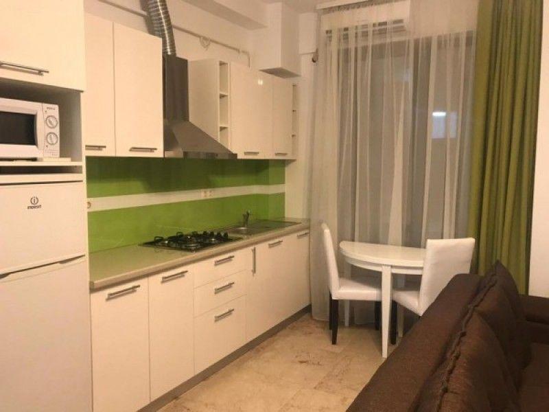 Apartament de vanzare, 2 camere Semidecomandat  Copou -10