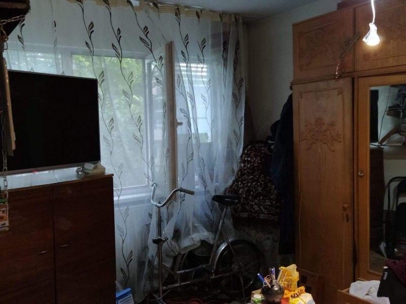 Apartament de vanzare, 2 camere Semidecomandat  Podu Ros -5