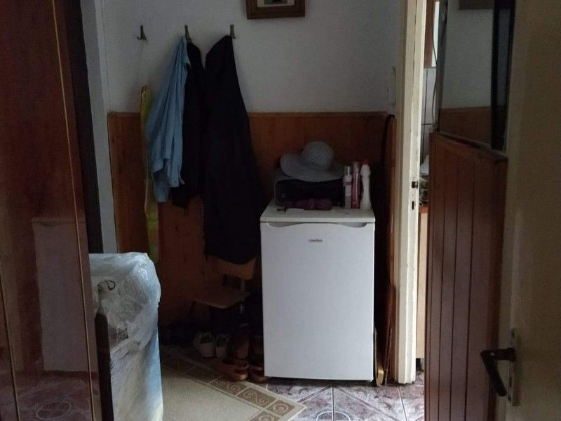 Apartament de vanzare, 2 camere Semidecomandat  Podu Ros -7