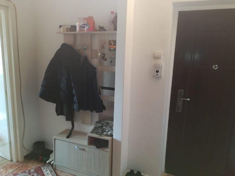 Apartament de vanzare, 2 camere Semidecomandat  Tatarasi -7