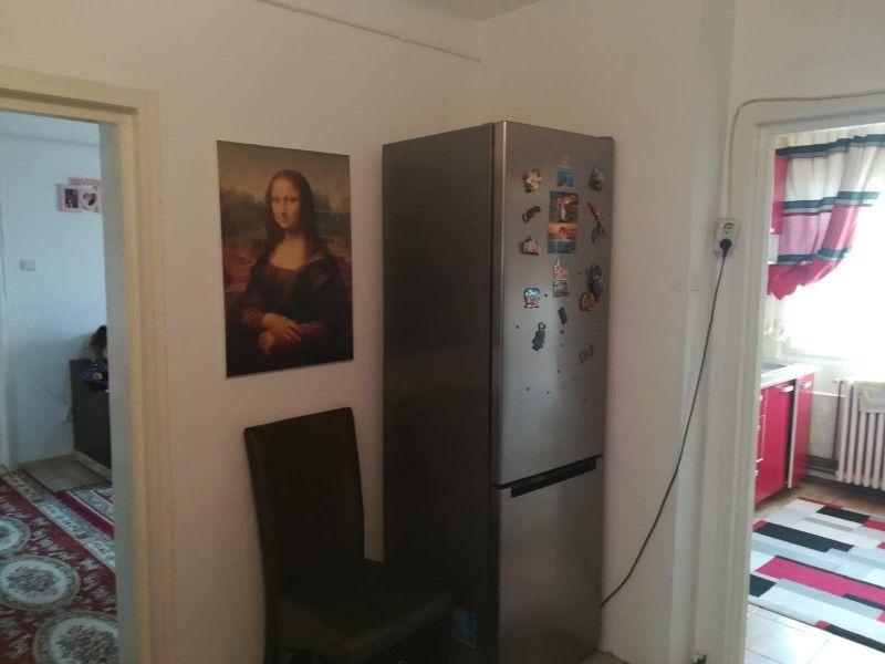Apartament de vanzare, 2 camere Semidecomandat  Tatarasi -8