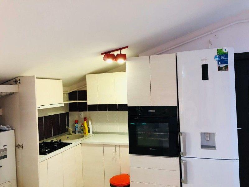 Apartament de vanzare, 2 camere Semidecomandat  Tatarasi -1