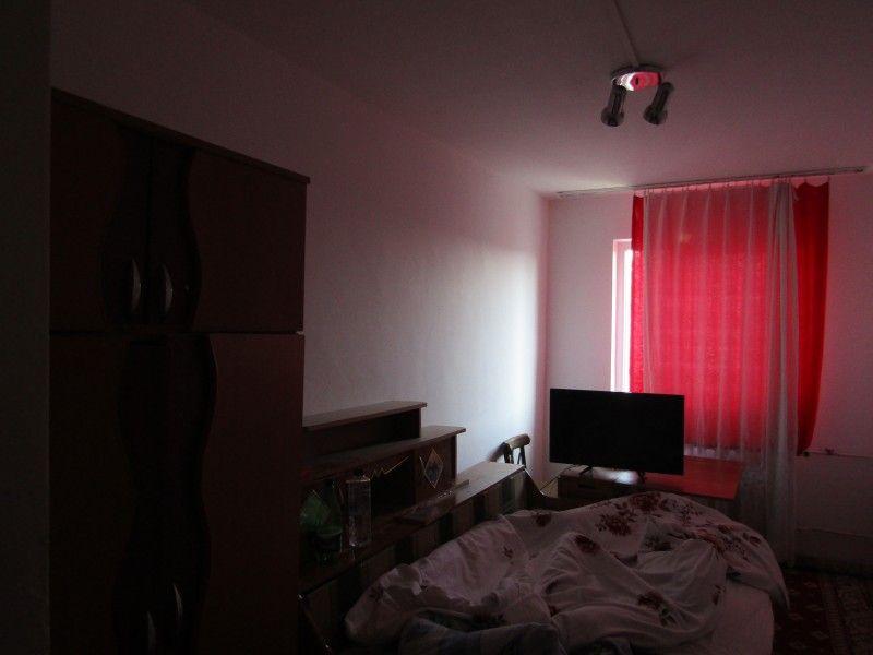 Apartament de vanzare, 2 camere   Tatarasi -1