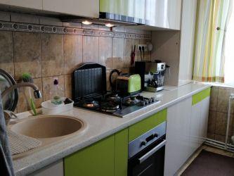 Apartament de vanzare, 3 camere Decomandat  Alexandru cel Bun