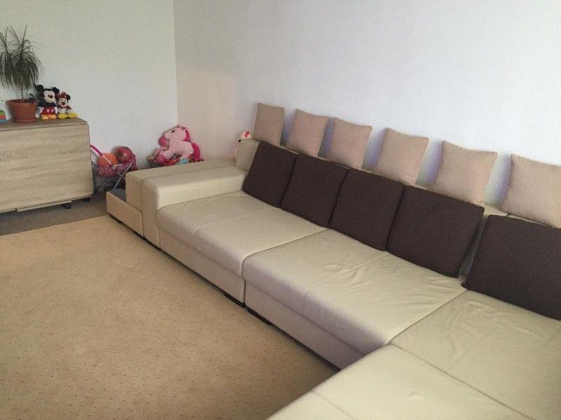 Apartament de vanzare, 3 camere Decomandat  CUG -11
