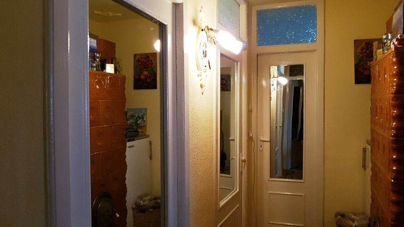Apartament de vanzare 3 camere decomandat etaj 2 zona Lunei-7