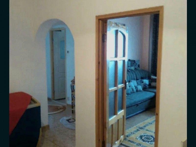 Apartament de vanzare, 3 camere Decomandat  Frumoasa -5