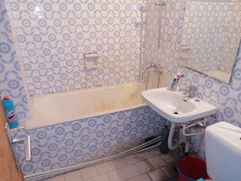 Apartament de vanzare, 3 camere Decomandat  Podu Ros -5