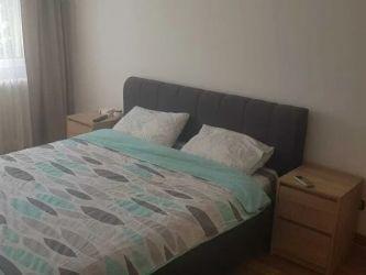 Apartament de vanzare, 3 camere Decomandat  Podu Ros