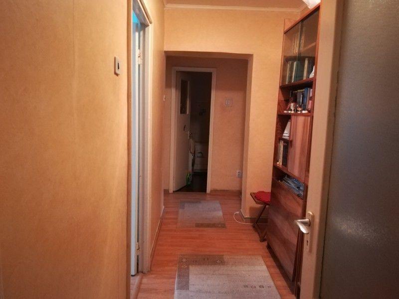 Apartament de vanzare, 4 camere Semidecomandat  Tatarasi -6