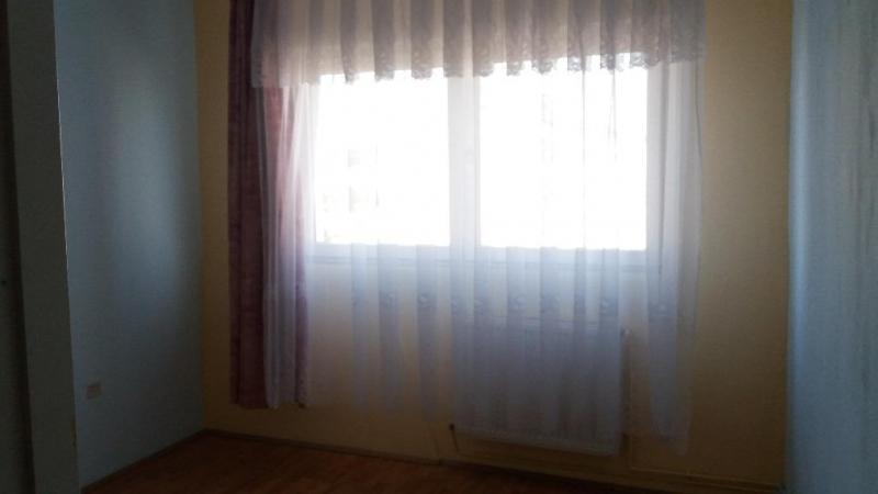 Apartament de vanzare cu 2 camere, confort I, semimobilat, etaj 9/10.-3