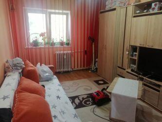 Apartament de vanzare, o camera Decomandat  Baza 3