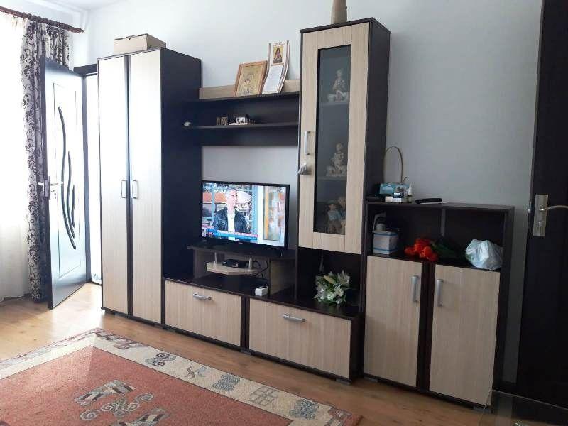 Apartament de vanzare, o camera Decomandat  Gara -3