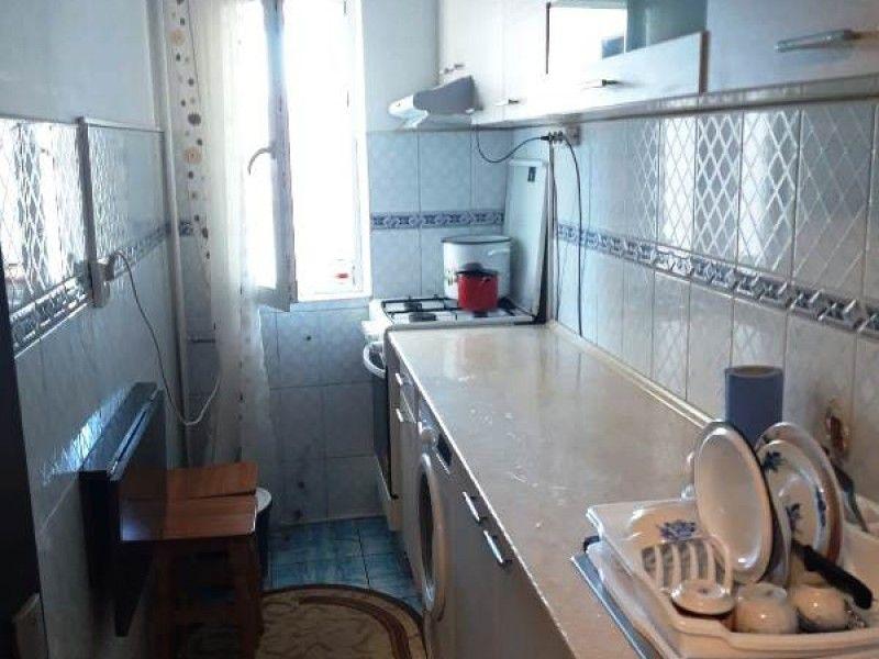 Apartament de vanzare, o camera Decomandat  Gara -4