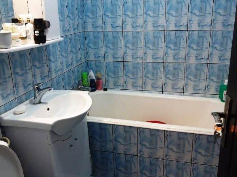 Apartament de vanzare, o camera Decomandat  Gara -6