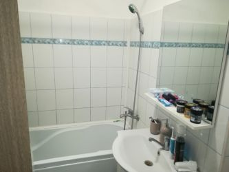Apartament de vanzare, o camera Semidecomandat  Tatarasi