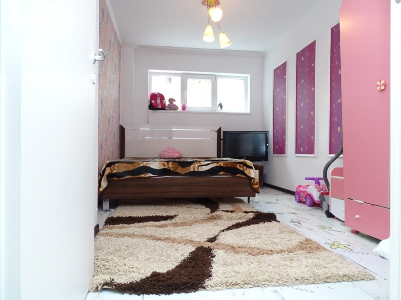 Apartament in Bucuresti de vanzare cu 3 camere la demisol-5