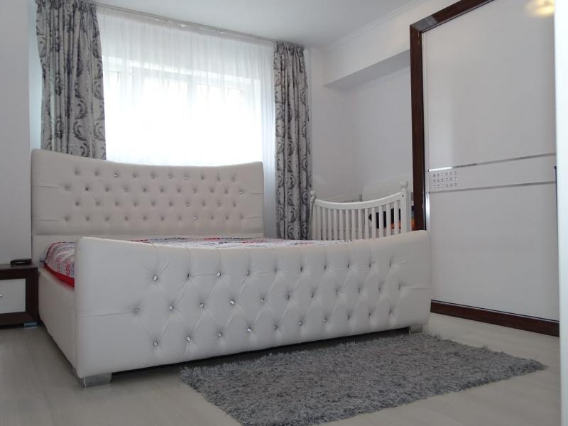Apartament in Bucuresti de vanzare cu 3 camere la demisol-3