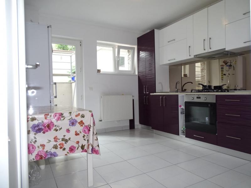 Apartament in Bucuresti de vanzare cu 3 camere la demisol-7