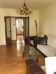 Apartament in Dragasani de vanzare cu 3 camere decomandat semimobilat