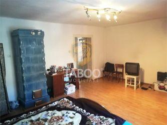 Apartament la casa cu 3 camere si 170 teren privat in Sibiu Terezian