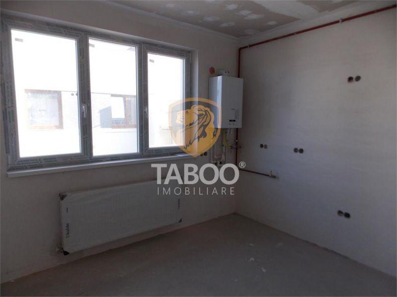 Apartament la vila cu 3 camere in Selimbar Comision zero-1
