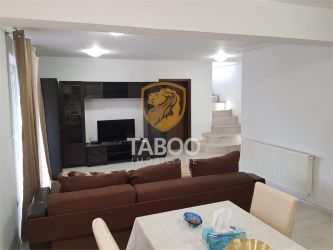 Apartament modern cu 4 camere de vanzare in Sebes