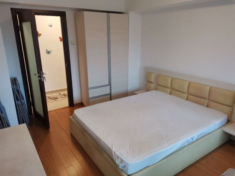 Apartament nou de inchiriat, 3 camere Decomandat  Tatarasi -1