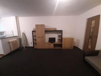 Apartament nou de inchiriat, o camera   Tatarasi