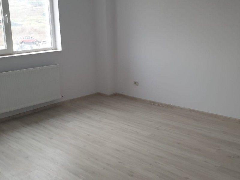 Apartament nou de vanzare, 2 camere Decomandat  Bucium -4