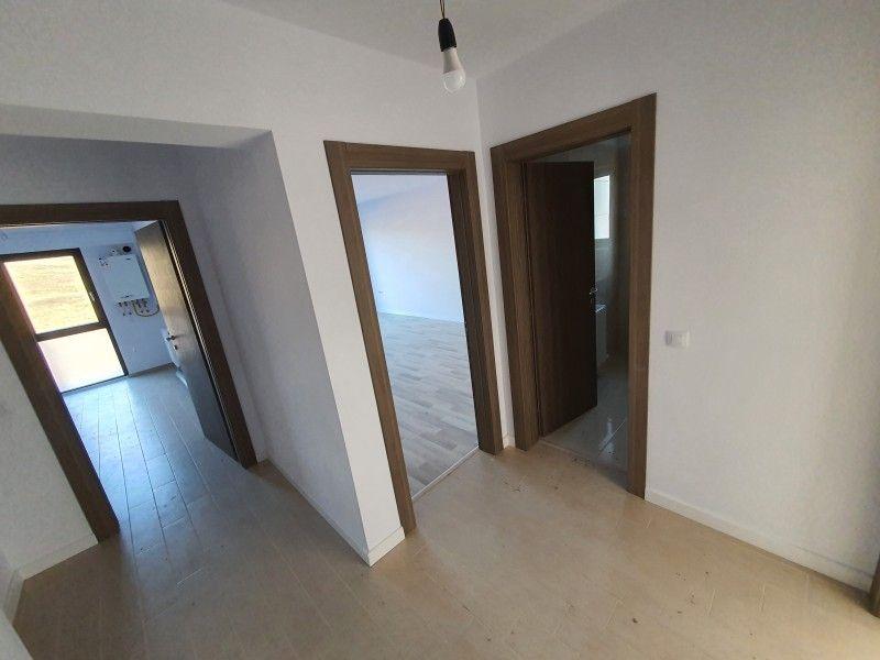 Apartament nou de vanzare, 2 camere Decomandat  Pacurari -10