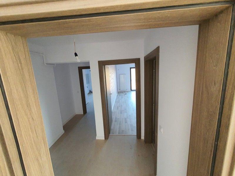 Apartament nou de vanzare, 2 camere Decomandat  Pacurari -12
