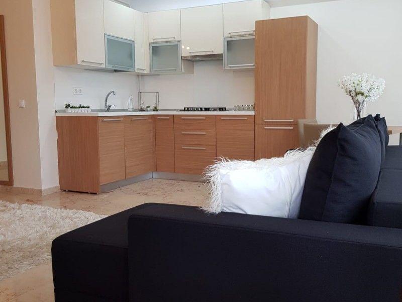 Apartament nou de vanzare, 2 camere Semidecomandat  Copou -12