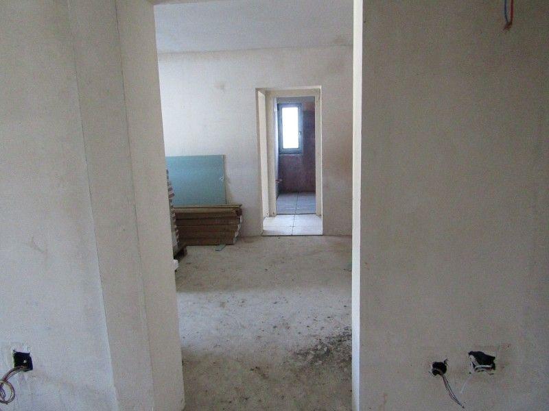 Apartament nou de vanzare, 2 camere Semidecomandat  Pacurari -3