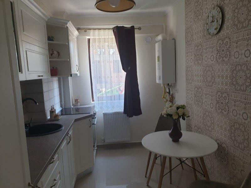 Apartament nou de vanzare, 3 camere Decomandat  Bucium -1