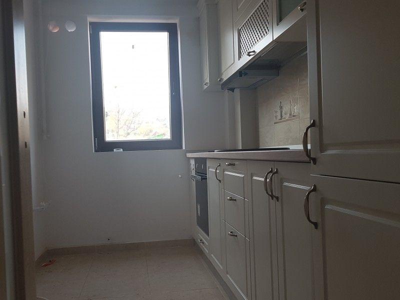 Apartament nou de vanzare, 3 camere Decomandat  Bucium -3